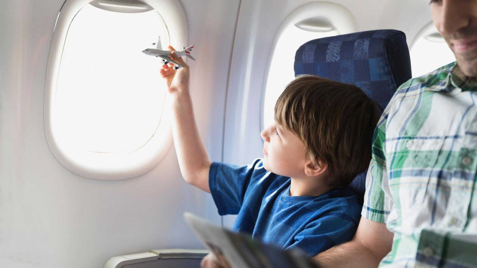 Чем занять ребёнка в поездке. Решаем головоломки