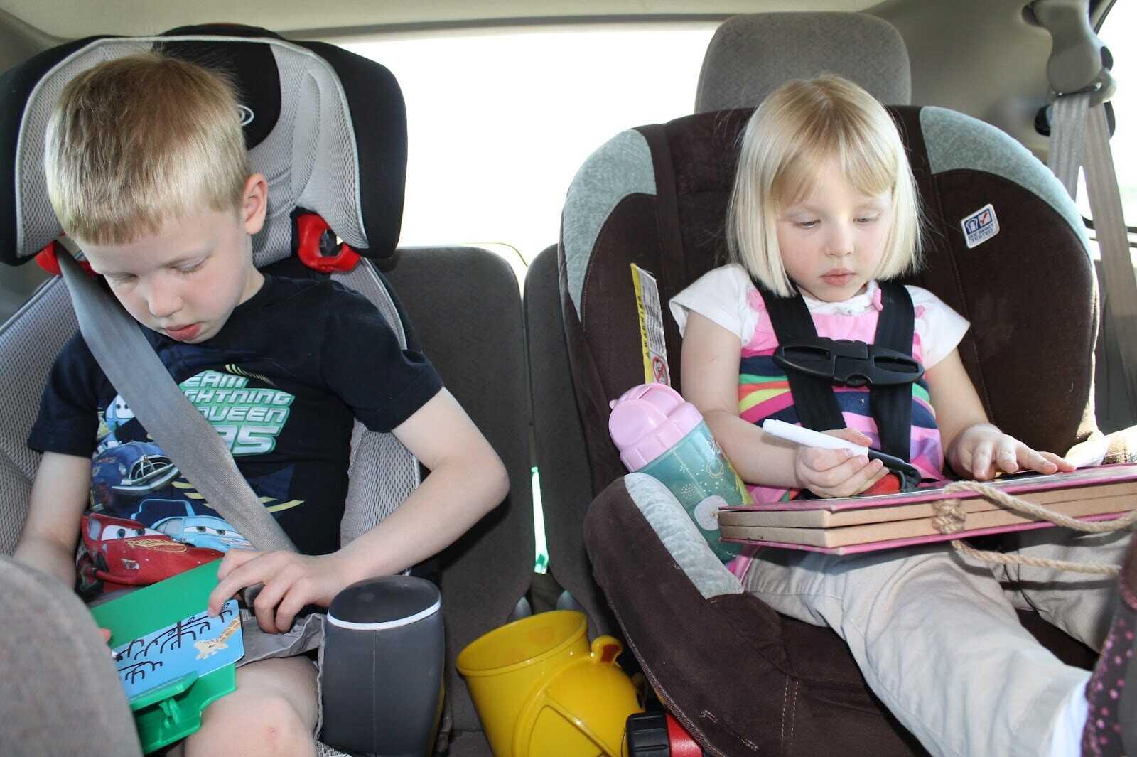 Занятия для детей 2-5 лет в дороге