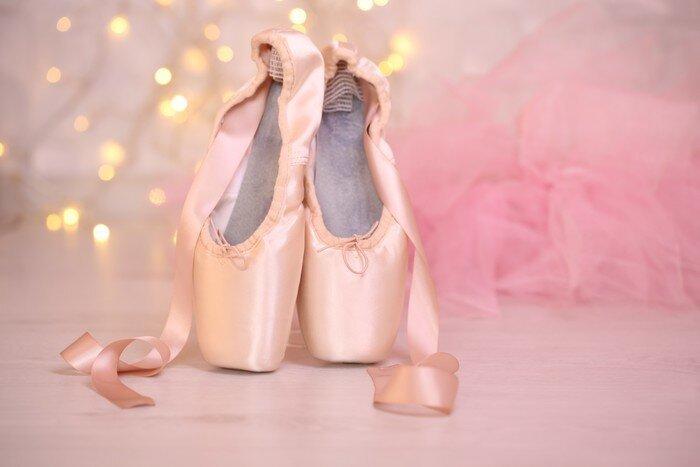 Розовые пуанты для маленькой балерины