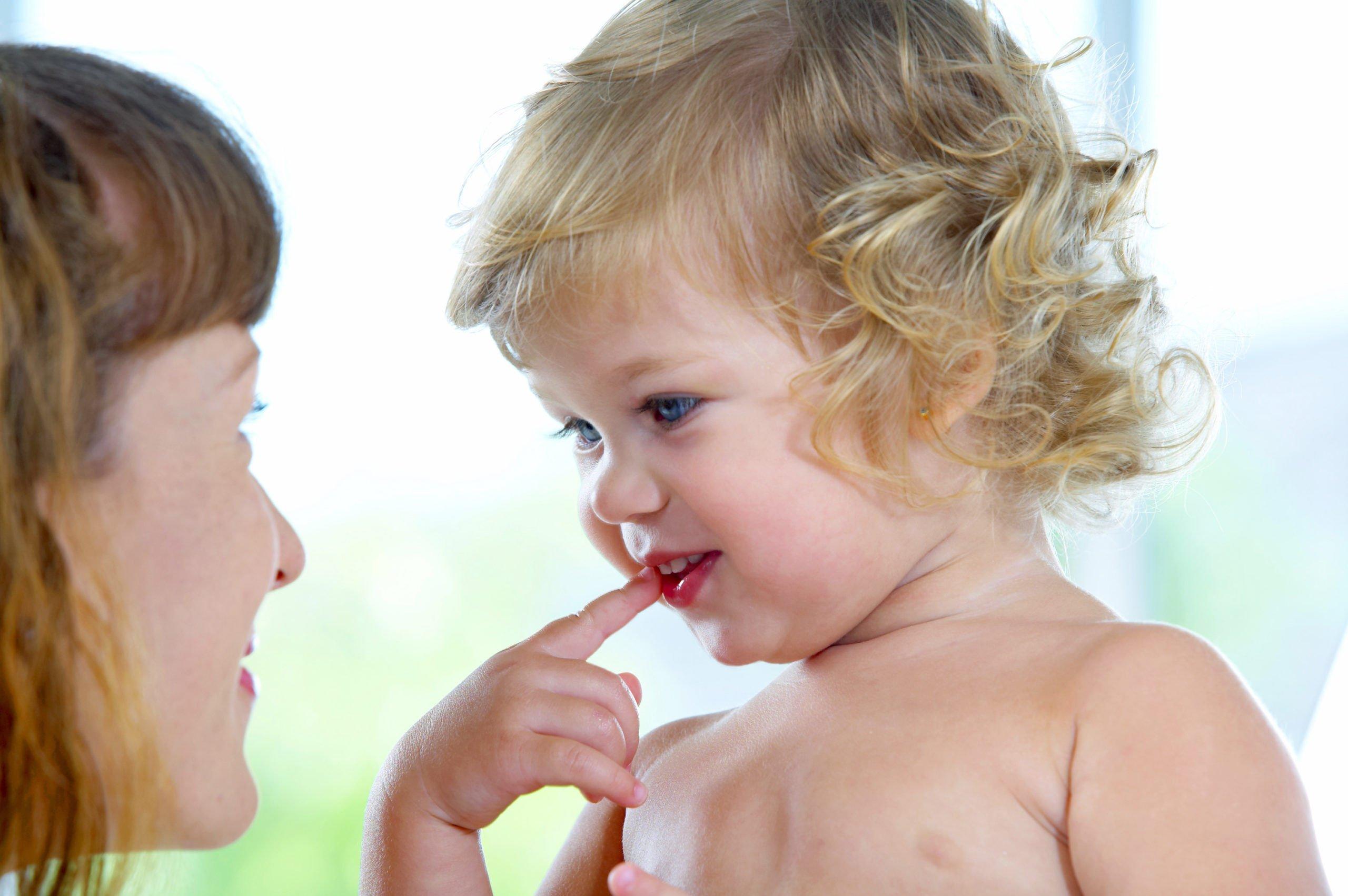 Жестикуляция у детей 1-2 лет