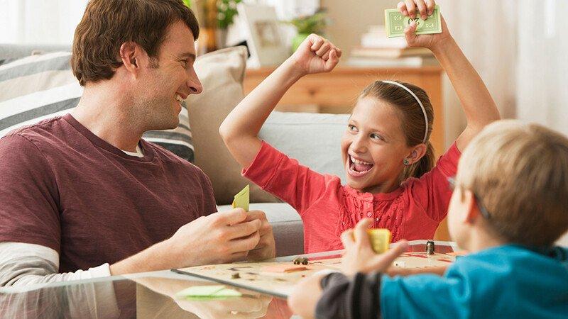 Играем с детьми 4-7 лет в настольные игры