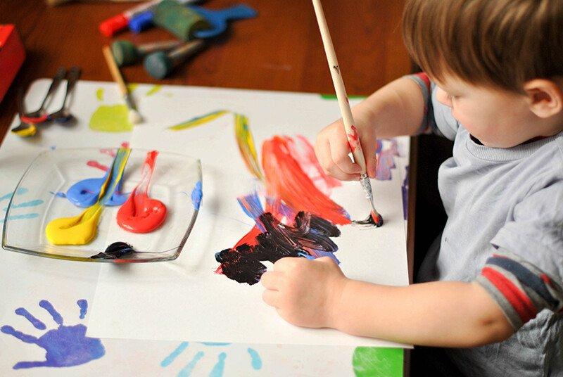 Как проводить уроки рисования с детьми 2-3 лет