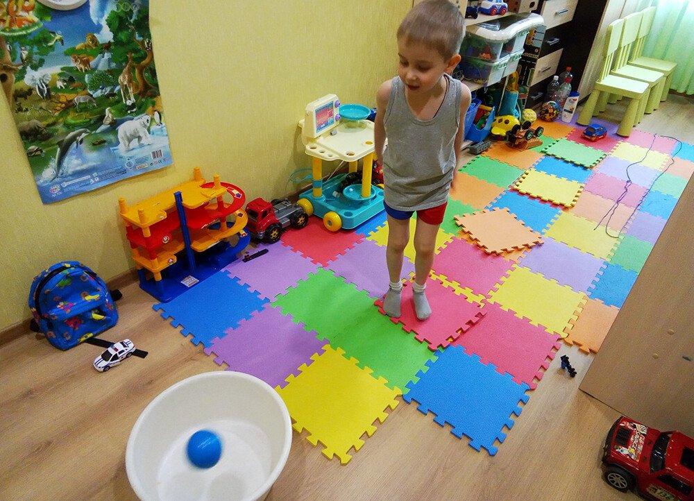 Полоса препятствий дома для детей 4-7 лет