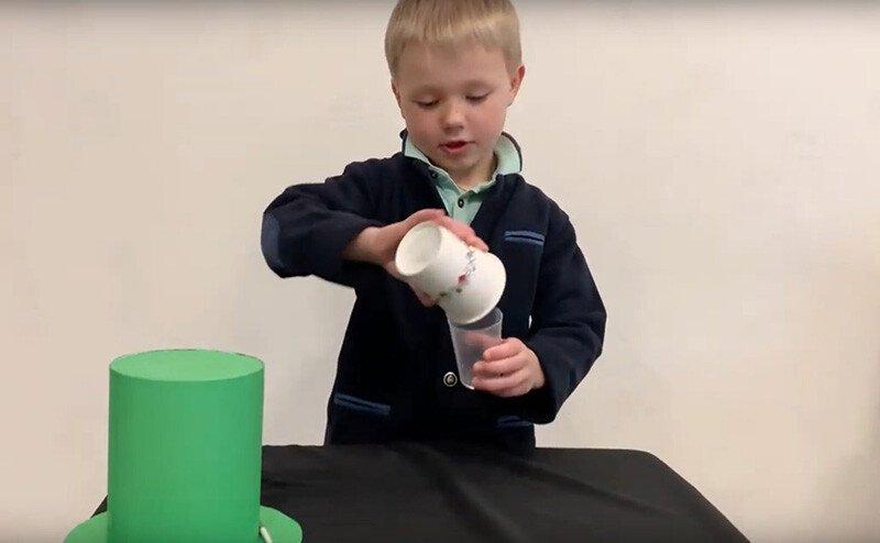 Фокус для детей Превращение воды в лед