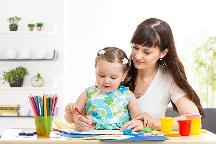 Рисуем карандашами с детьми 2-3 лет