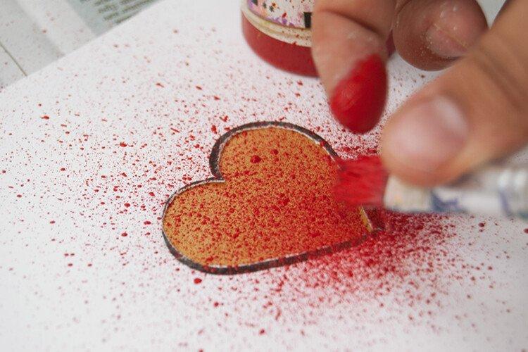 Рисование набрызгом с детьми Сердце