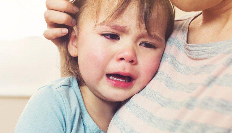 Как реагировать на истерику ребёнка 2 лет