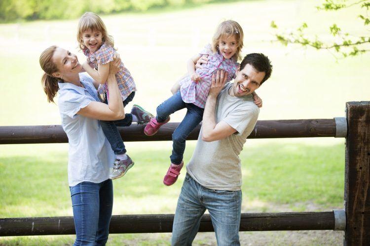 Как избежать ссор у детей двойняшек